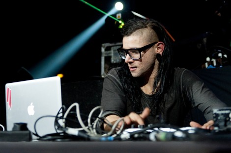 skrillex-live-hd-wallpaper-magic-at-work1