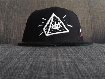 pyramidSnap2
