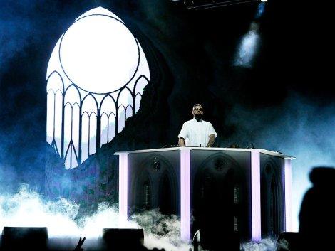dj-tchami-performs-weekend-2-day-3-coachella-2016-billboard-1000